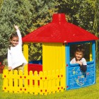 Игровой домик DOLU 156*104*132 см с забором 3011