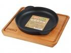 Сковорода чугунная БРИЗОЛЛЬ Хорека 180*25 мм, термообр., с деревянной подставкой Н181825-Д